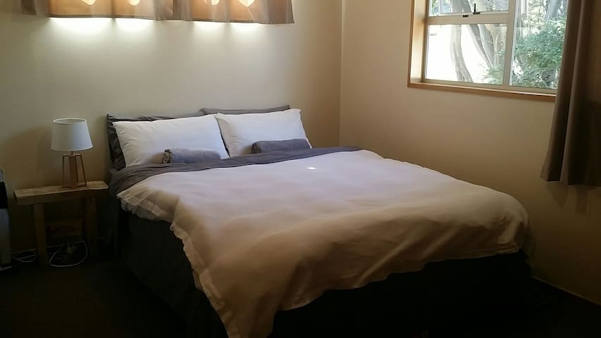 Quiet Double Bedroom in Lake Tekapo 조용한 더블베드 테카포
