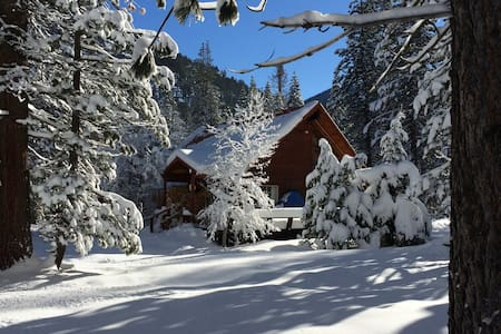 Idyllic Cabin in Christmas Valley - South Lake Tahoe - Dom