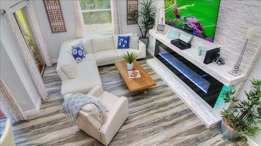 VVN6115: Gorgeous Townhome in Charming Isla Del Sol Community Near St Pete Beach