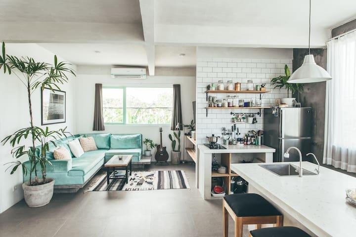 New Modern and Minimalistic Apartment in Canggu