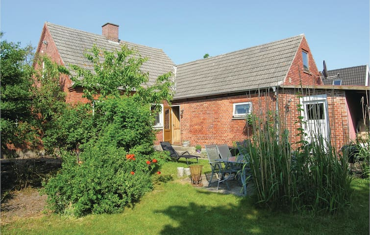 Holiday cottage with 3 bedrooms on 137m² in Tranekær