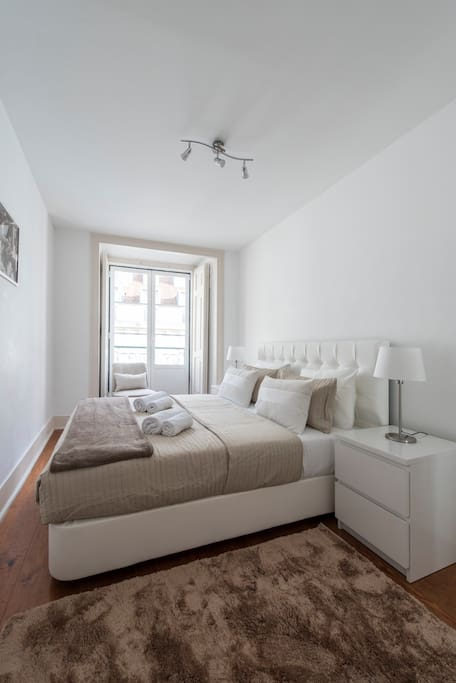 Sunniest fully equipped room with Balcony