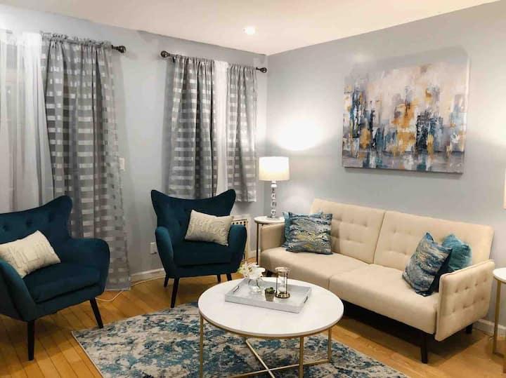 Modern Bayridge 2 bedroom furnished apt.-6 ppl
