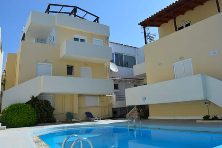 Rent of new apts in Almyrida 5 min to the beach