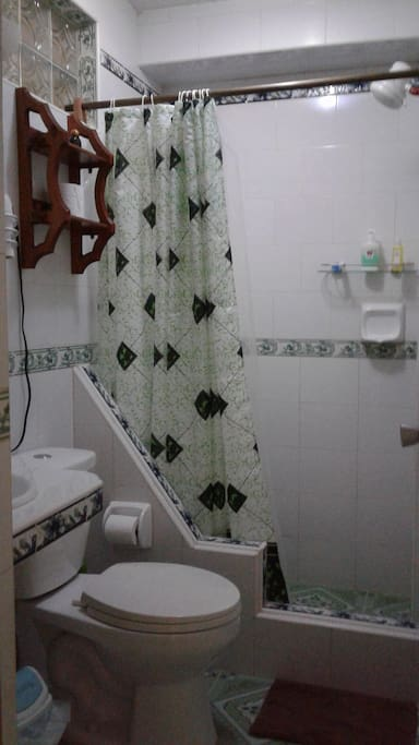 Baño interior de la habitación