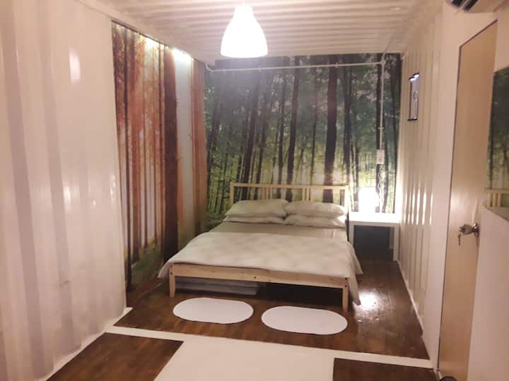 Hostel private room (teratai) @Quality University