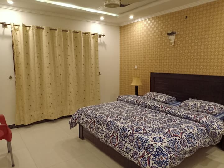 Private Room in Bahria Town