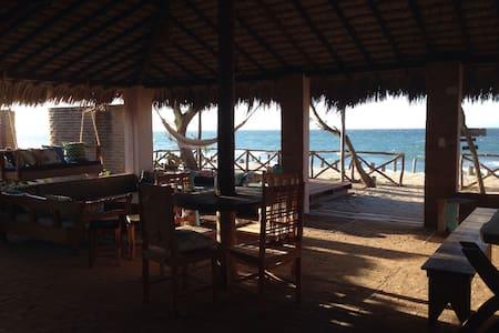 Na beira do mar - Preá - Bed & Breakfast