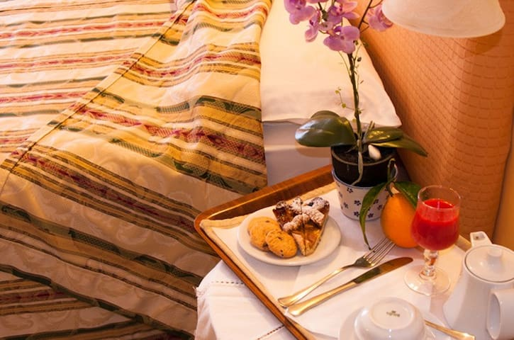 The Budget Hotel - Double Room 2 - San Giovanni La Punta - Boutique-hotelli