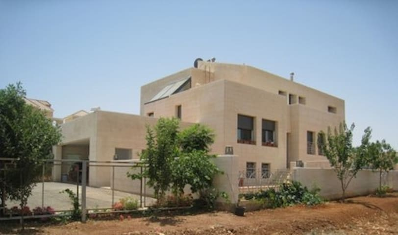 villa on the outskirts with scenic views