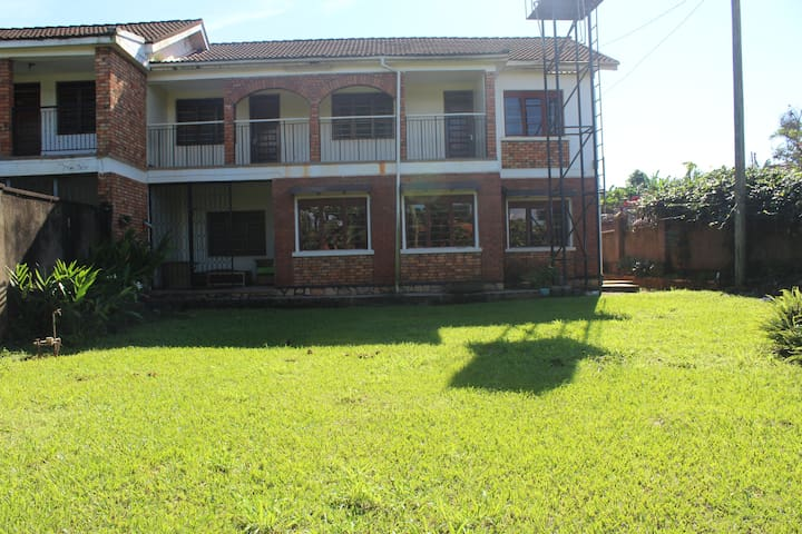 Large house in residential area Kampala city