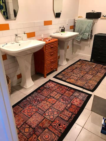 Shared bathroom and toilet. Best pressured hot shower anywhere.