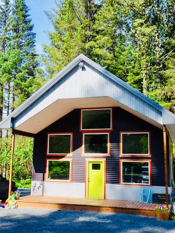 Mossy Spruce Lodging Main Home