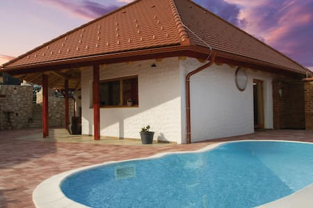 Holiday cottage with 1 room on 71m² in Bodonci