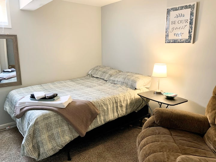Super Relax in a Nice Room in a Renovated House
