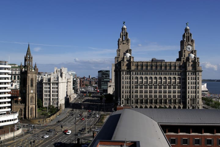 Liver View Apartment - Liverpool