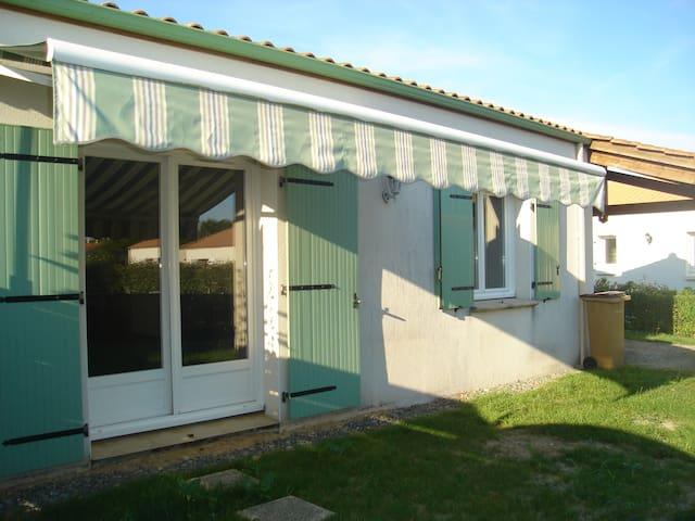 Chambre avec coin toilette privatif - Sallertaine
