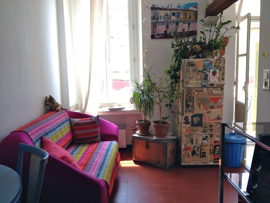 chambre dans appartement d 39 artiste appartements louer nice provence alpes c te d 39 azur france. Black Bedroom Furniture Sets. Home Design Ideas