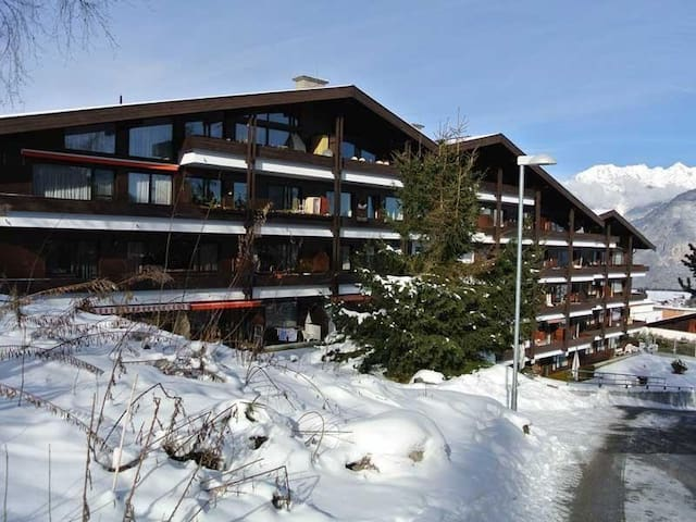 The apartment is located on the second floor in this building. It faces to the east in direction towards Innsbruck.