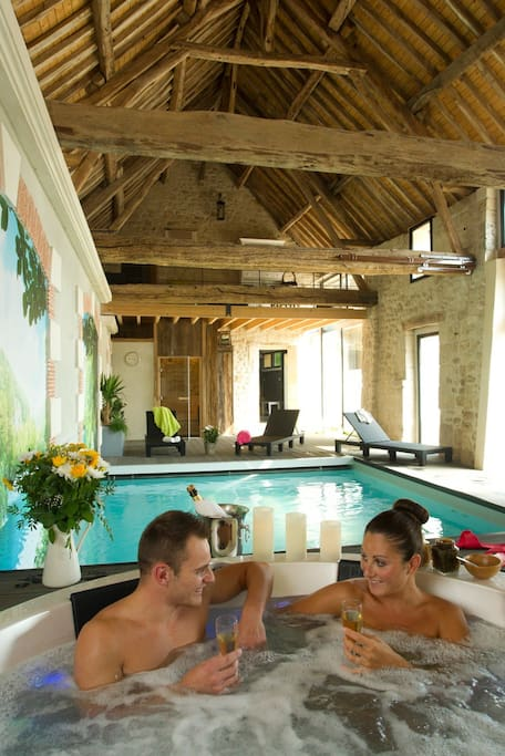 Week end amoureux avec spa privatif proche paris guest for Week end avec piscine privee