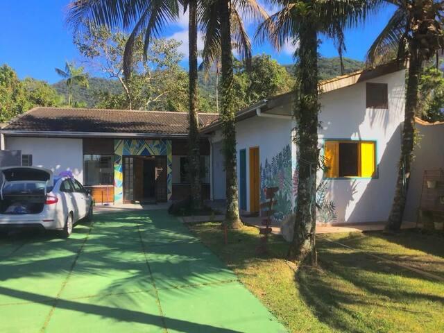 Suite para 9 pessoas no Perequê-Açú, Ubatuba, SP