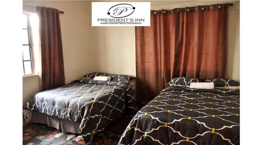 Quad Room @ President's Inn (Port of Spain)