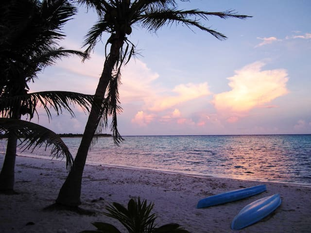 Steps away from Caribbean - Tulum - Bed & Breakfast