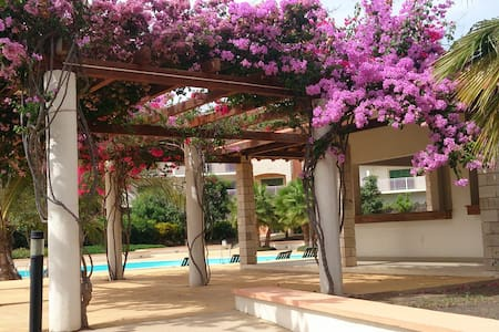 5* Lux Apt. 2b/2b Pool/Garden View. Air Con. WiFi