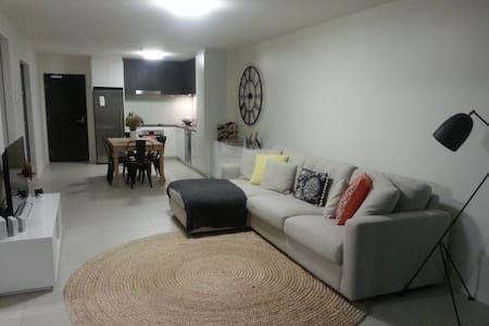 Kangaroo Point apartment close to city - Flat