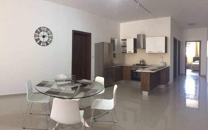 Zammit Court Apartment near Airport