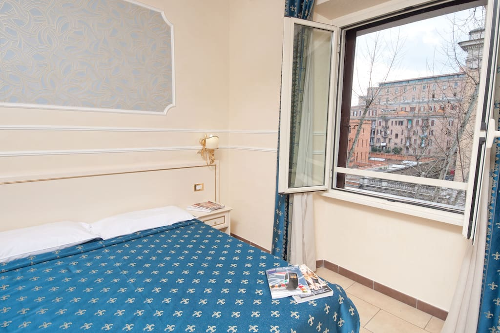 Cesar palace rome guesthouse chambres d 39 h tes louer for Chambre hote rome