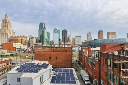 Downtown Furnished Condo in Crossroads District - Kansas City