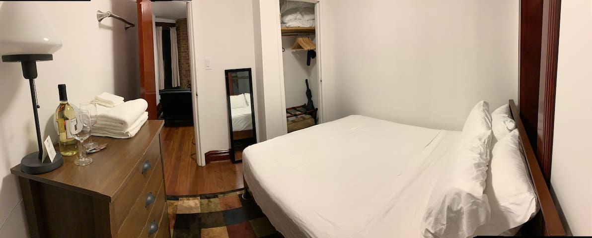 Private Guest bedroom 1