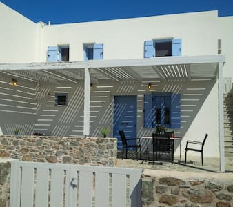 Sea View House in Agathopes, Syros - House