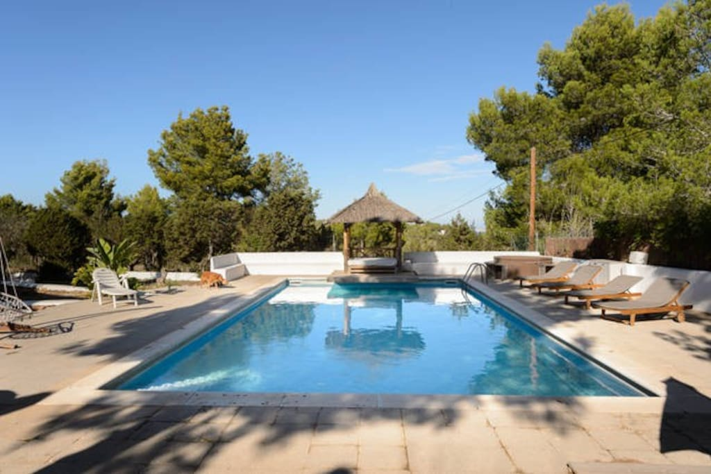 Ibiza Day SPA, huge garden with shadow places for relaxation