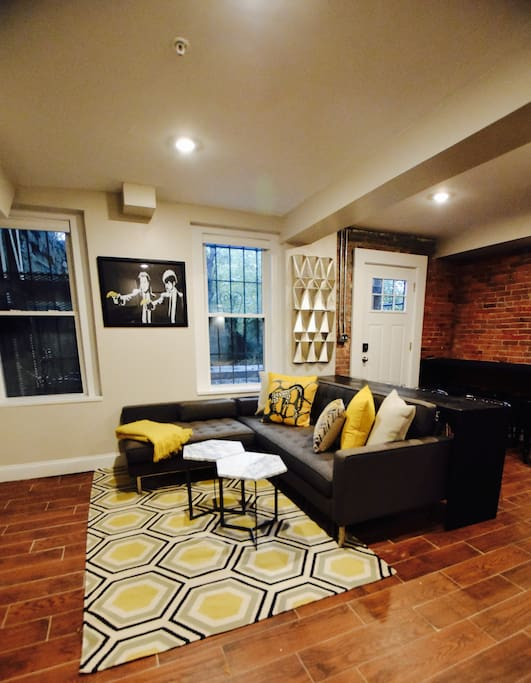 Renovated 4 Bedroom Duplex W Yard Steps To Train Apartments For Rent In Boston