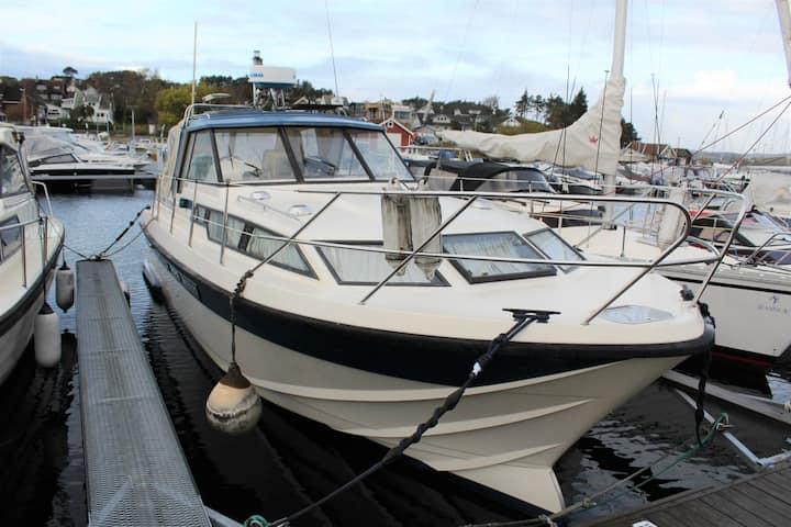 Båt ferie på fast plass 5 min fra Kristiansand S