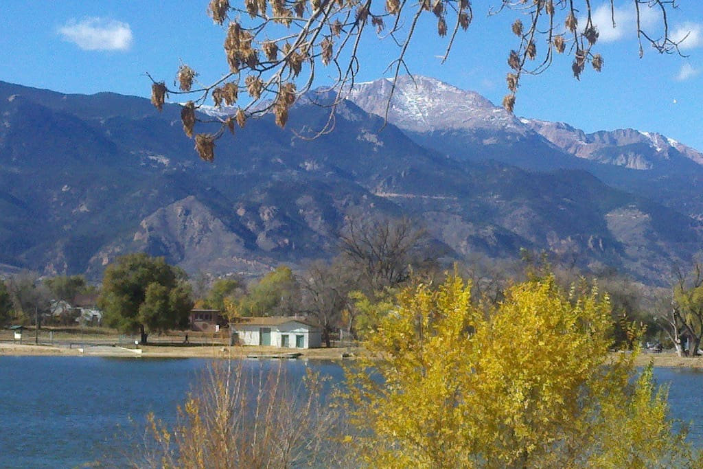 4 BLOCKS AWAY - the view of Pikes Peak & Prospect Lake from Memorial Park, 196 acres.