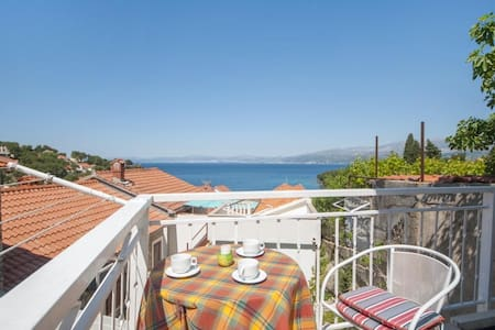 Apartments Mira -One Bedroom Apartment with Terrace and Sea View(A1)