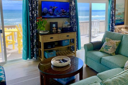 Oceanfront Luxury, with Panoramic Views