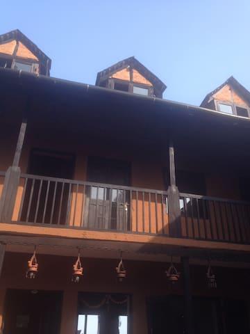 Hotel Depche bandipur 9841226971