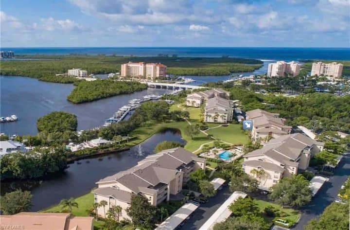 Cozy condo in Naples FL - mins to Gulf of Mexico