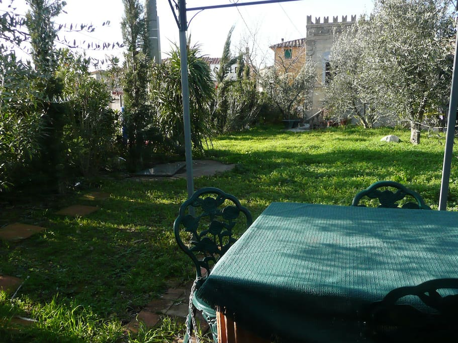 650 m2 garden shared with the hosts when present in high summer season, own balcony on first floor, 3 terraces to choose from, olive and cyprus and oleander in wild gardenn
