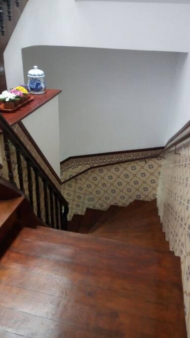 Escadas  l
