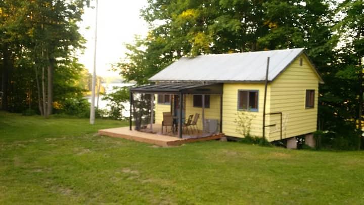 Charleston Lake Sunrise Cottage