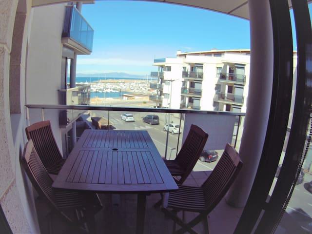 Appartement Migno, 90m de la mer,  4p avec piscine