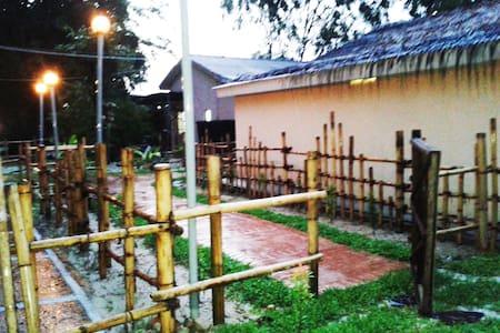 Standard Room (EFM Mini Rest House) - Ipoh - Casa