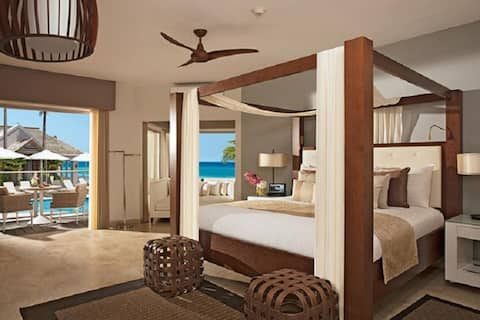 Extravagant Junior Suite Ocean View At Montego Bay