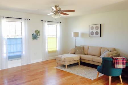 Private Floor in Newer Home