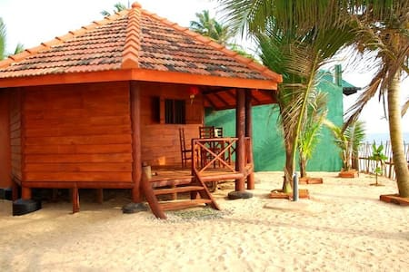 Sudu Surfing Cabana - Unawatuna - Bed & Breakfast